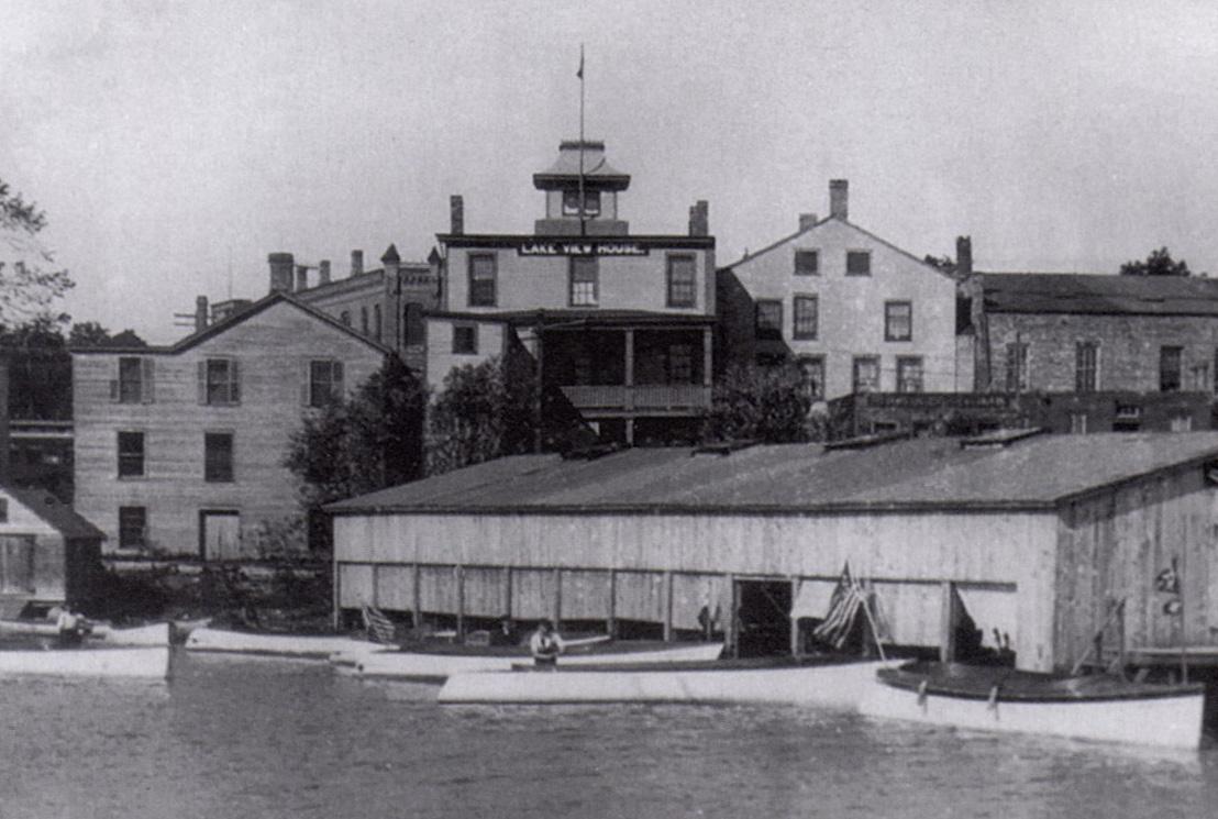 Lake-View-House-WEB