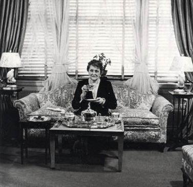 Emily Post Philippe Halsman 1946