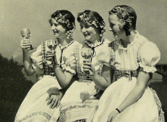 Rhine Wine Girls