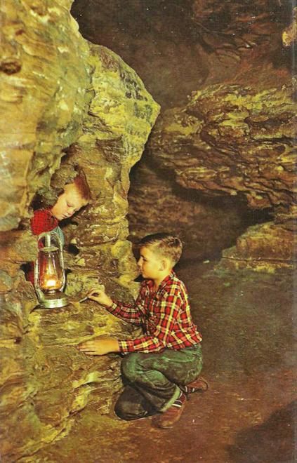 PO Mark Twain Cave 2
