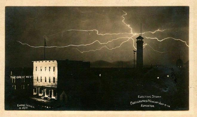 Lightning Alberta